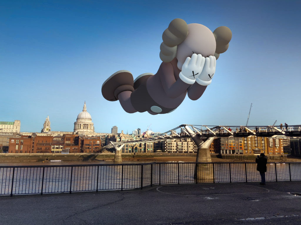 KAWS, COMPANION (EXPANDED) in London, 2020, augmented reality. Courtesy: KAWS and Acute Art.