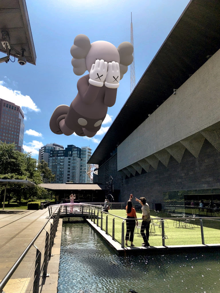 KAWS, COMPANION (EXPANDED) in Melbourne, 2020, augmented reality. Courtesy: KAWS and Acute Art.