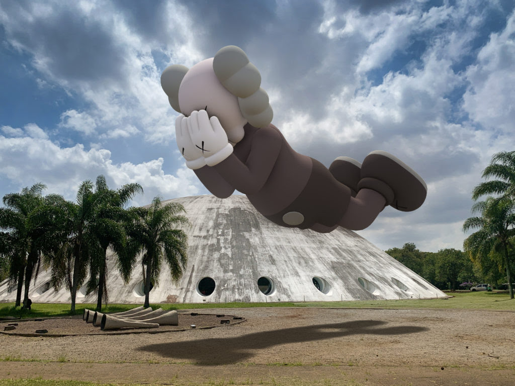 KAWS, COMPANION (EXPANDED) in Sao Paulo, 2020, augmented reality. Courtesy: KAWS and Acute Art.